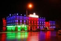 Наружное освещение: архитектурное освещение зданий, фасадов дома в Осинниках